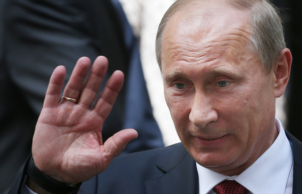 Он устал и должен уйти! Путина хотят отправить на пенсию уже сегодня
