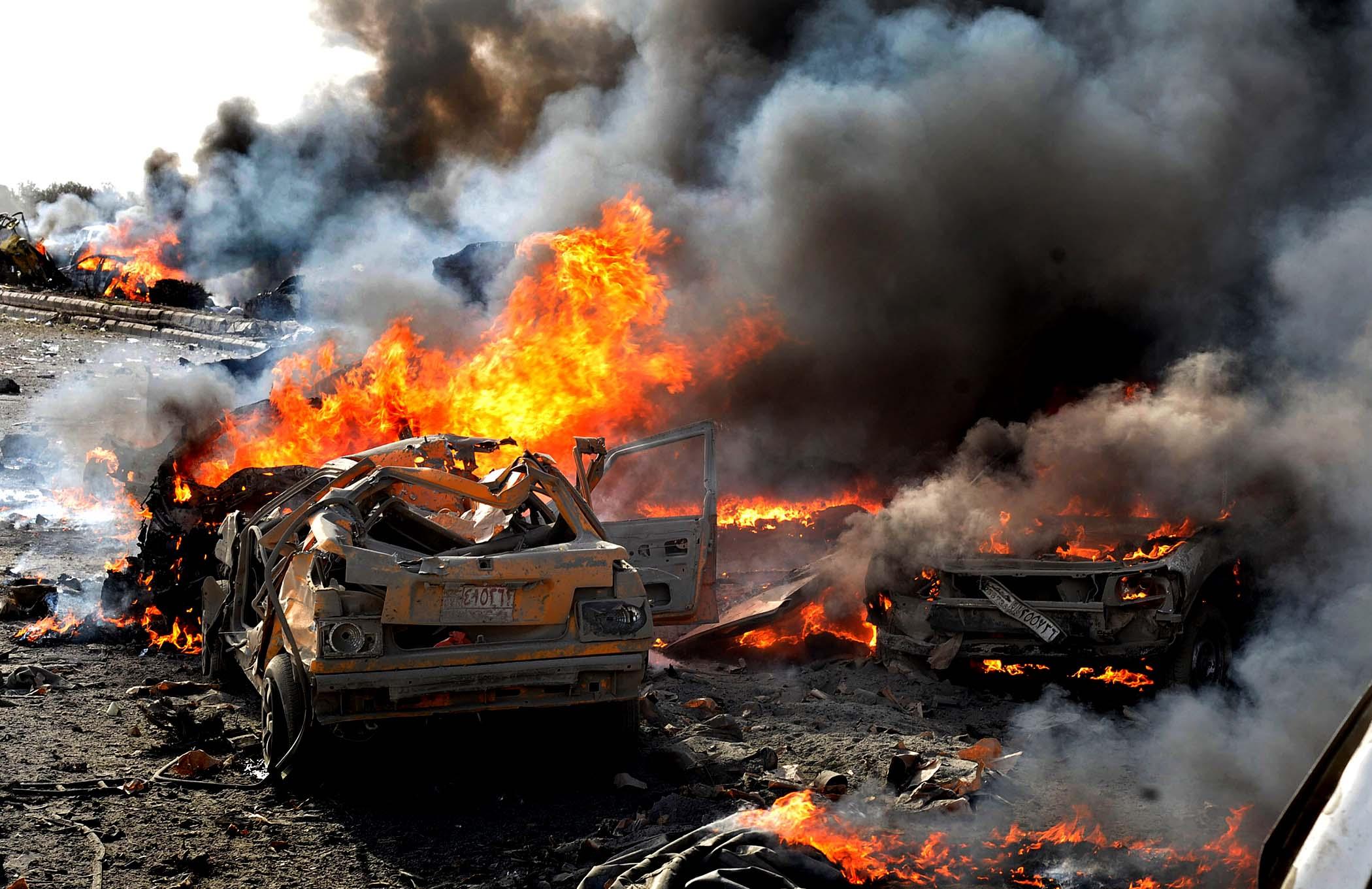 СРОЧНО! Тройная атака смертников в Дамаске: жертвы, крики и ужас