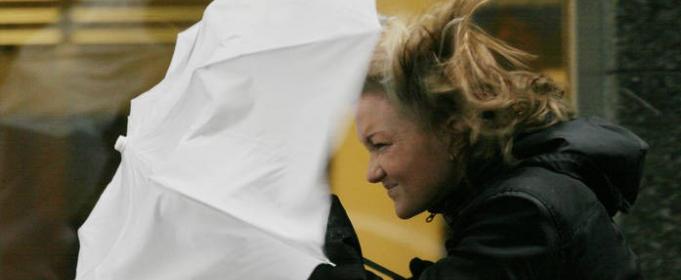 СРОЧНО! В Киев надвигается мощный ветер, – МЧС