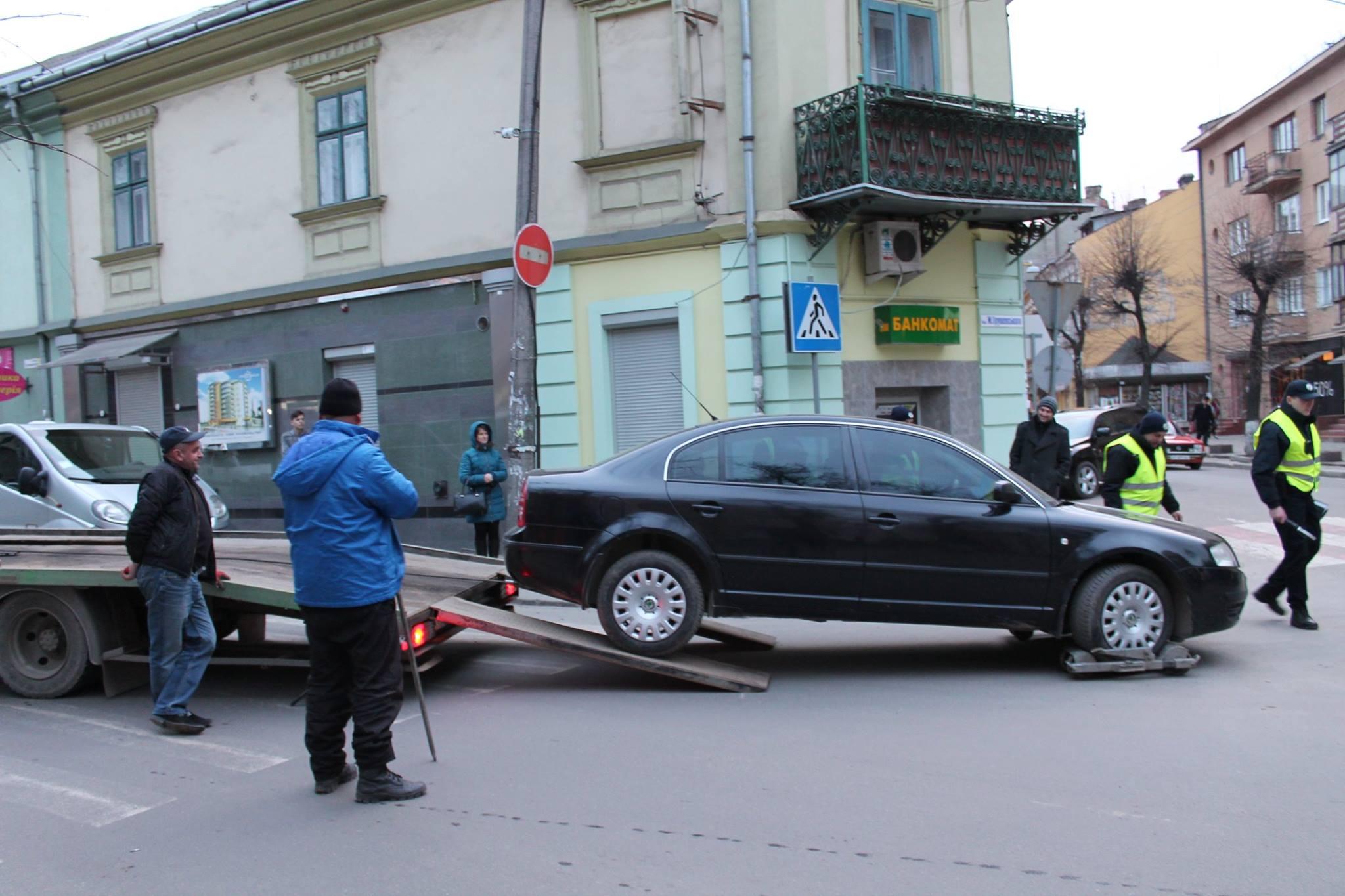 ВАЖНО: в центре Киева больше не припаркуешься. 61 улица, где это будет запрещено