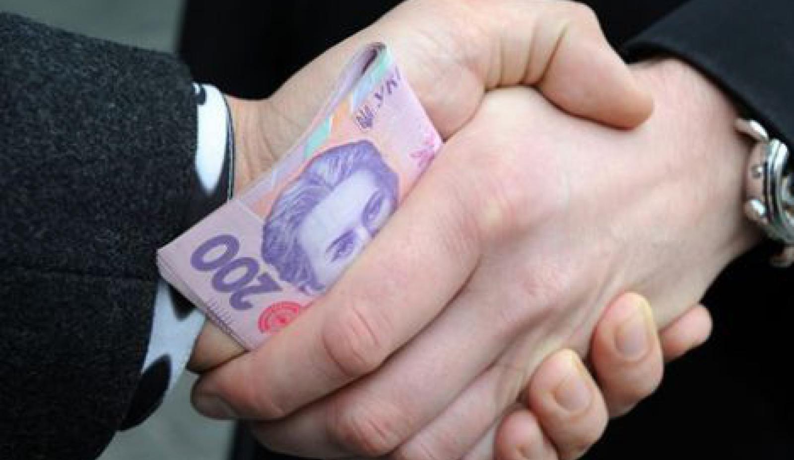 Коррупция в Украине 2017: за что и кому платят украинцы