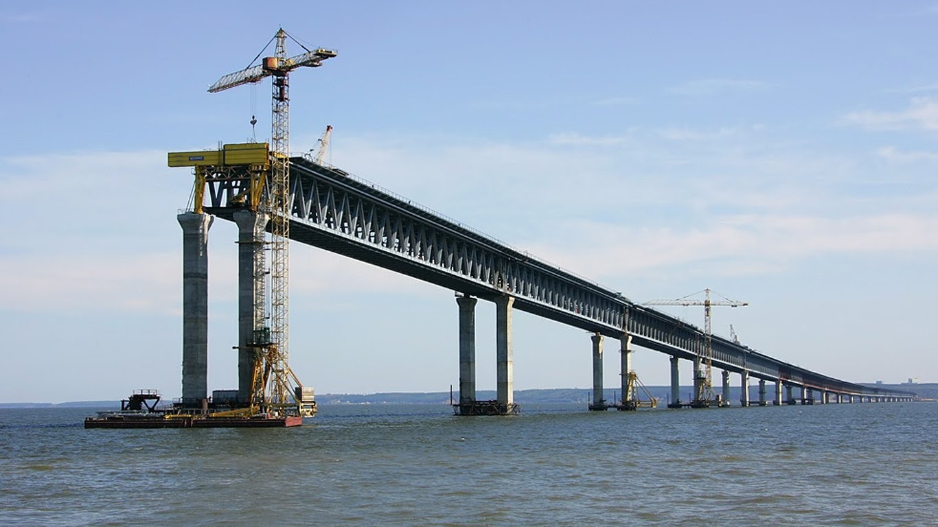 Авторитетно: Керченский мост рухнет этой зимой