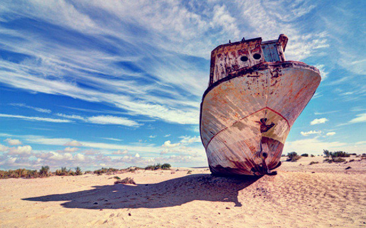 ШОК! Азовское море высыхает! Скоро вместо него будет пустыня с ржавыми кораблями