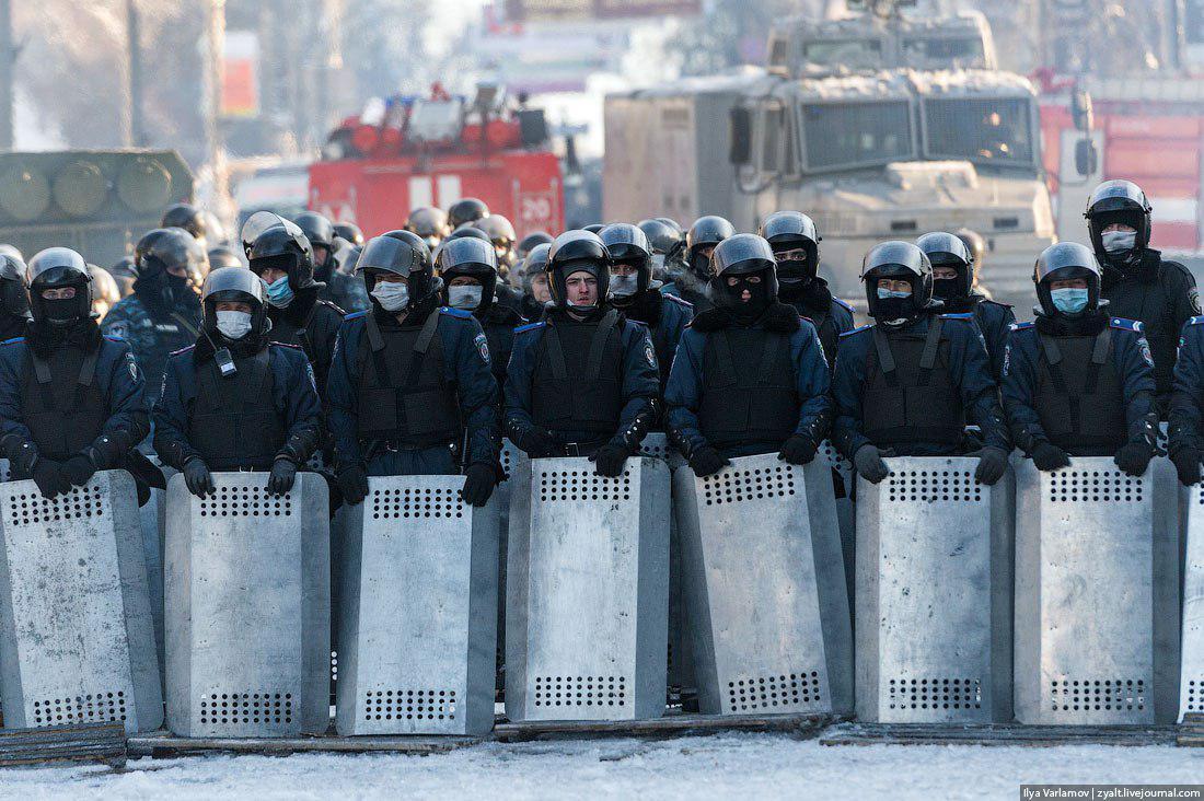 Резиновые пули, горящие покрышки и старый-новый Беркут: что нас ждет уже во вторник