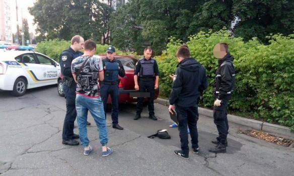 Полиция на ушах: в Киеве объявился опасный стрелок