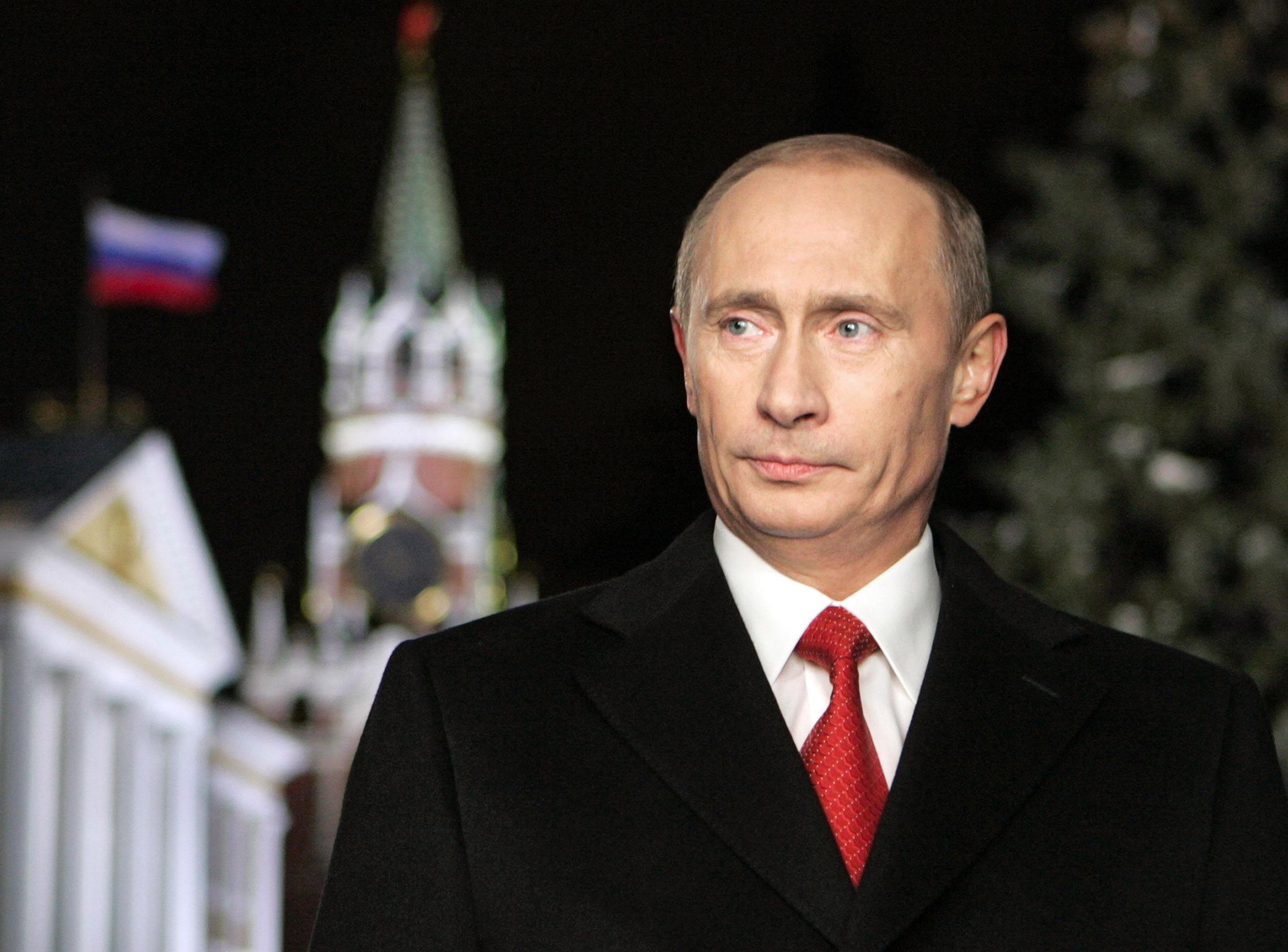 Империя лжи: шоу-культ Владимира Путина