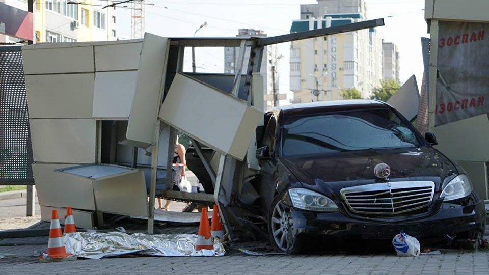 Помните пьянь, которая задавила людей в Харькове? Снова катается за рулем после ста грамм